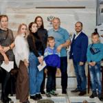 Известный хоккеист и тренер Андрей Николишин пообщался с посетителями Государственного музея спорта в рамках проекта «Экскурсия со спортсменом»