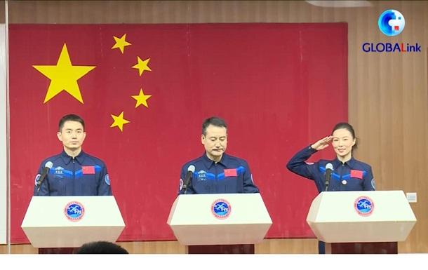 Китай готовит рекордную по длительности миссию в космос