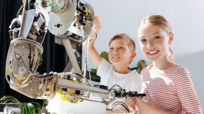 От роботов до биотехнологий: как популяризуют науку и технику в подмосковных ЦМИТах