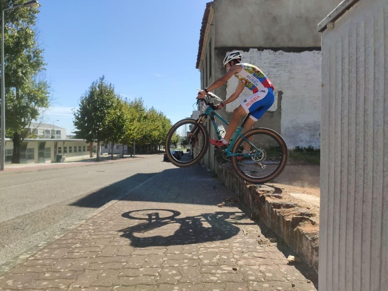 Подмосковный атлет стал серебряным призером чемпионата Европы по спортивному ориентированию на велос...